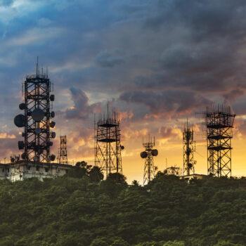 Comprobadores de antena y Analizadores de redes vectoriales
